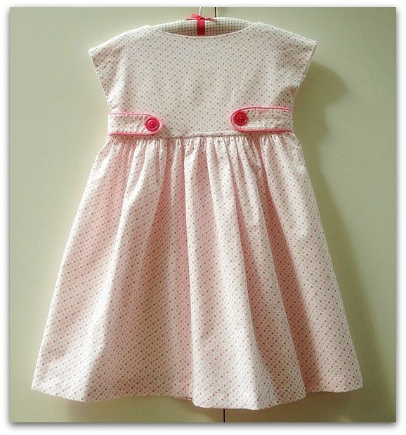 Lizzy dress with dots (7)