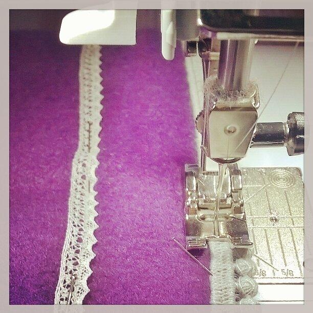 Couture de pompons