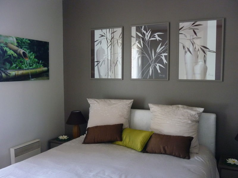 Photo 1 photo de chambre parentale ambiance zen decor 39 in id es - Idee chambre parentale ...