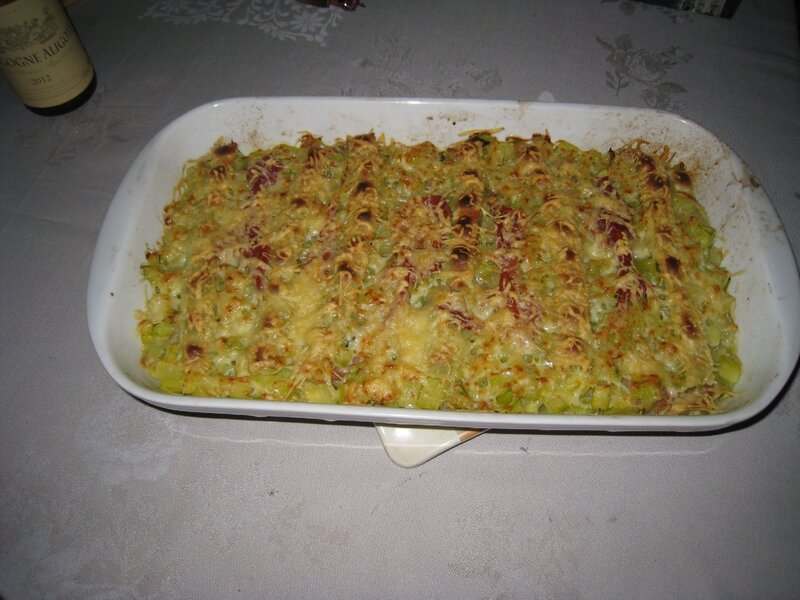 gratin courgettes ravioles jambon cru blogs de cuisine. Black Bedroom Furniture Sets. Home Design Ideas