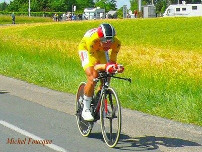 1227) 7 Juin 17 Thomas DEGENDT leader