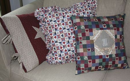 AMERICAN PILLOWS (1)