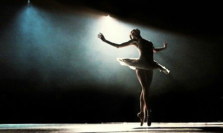 ballerina-ballet-beautiful-beauty-black-swan-dance-Favim
