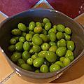Olives vertes à la picholine