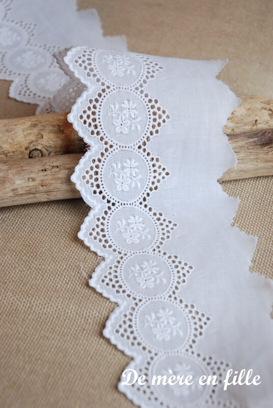 broderie anglaise à pointes
