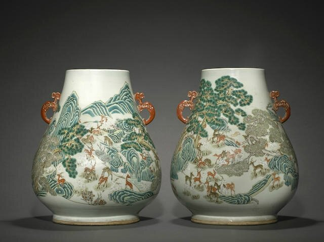 A pair of polychrome enameled 'Hundred Deer' Vases, Late Qing dynasty