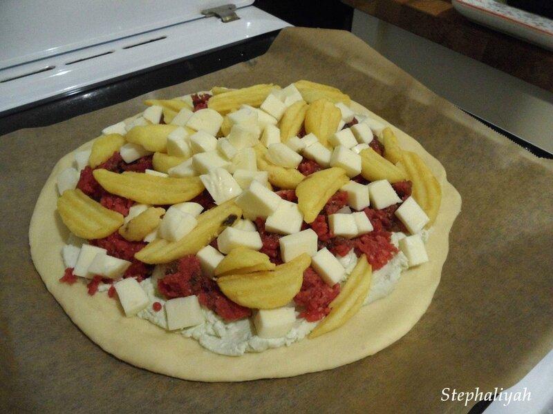 Pizza roquefort, mozza, boeuf et potatoes - 11 novembre 2016