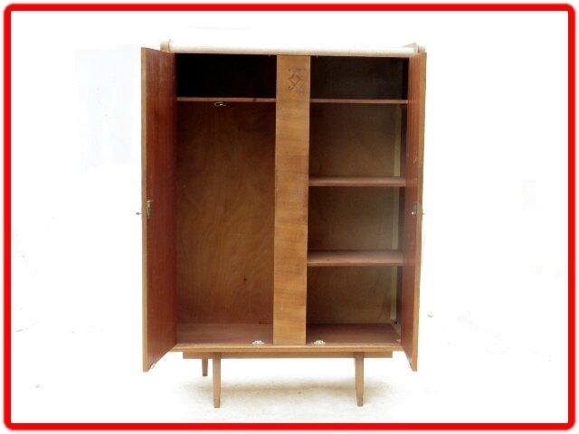 armoire penderie dressing vintage retro 1950 vendu. Black Bedroom Furniture Sets. Home Design Ideas