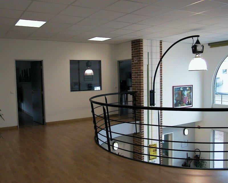 bureau mezzanine photo de constructions industrielles lavoine constructions entreprise de. Black Bedroom Furniture Sets. Home Design Ideas
