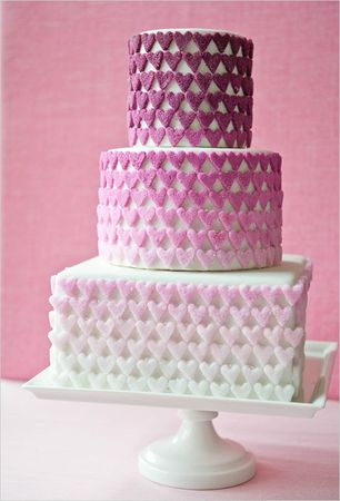 ombre_sugar_heart_cake