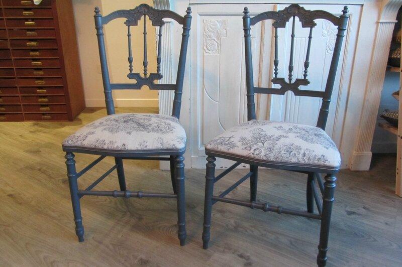 chaises à vendre côté sièges