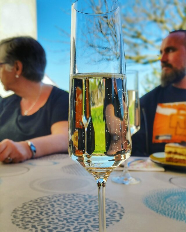 champagne-anniversaire-famille