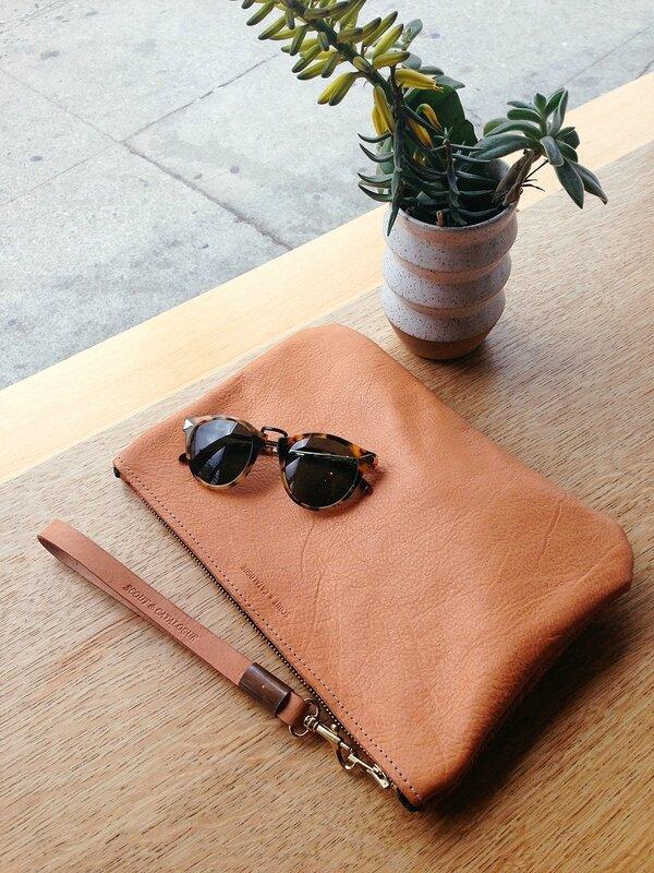 julia-kostreva-blog-2014-03-los-angeles-visit-scout-and-catalogue-leather-clutch-karen-walker-sunglasses-1443