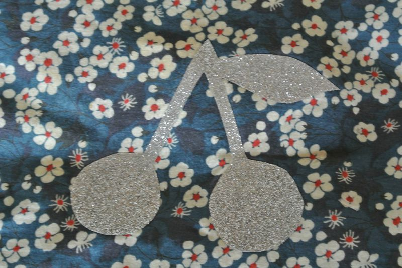halloween, transferts paillettes, broches, snood 031