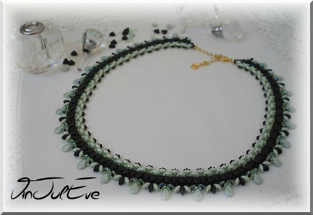 collier Uxemnoir menthe