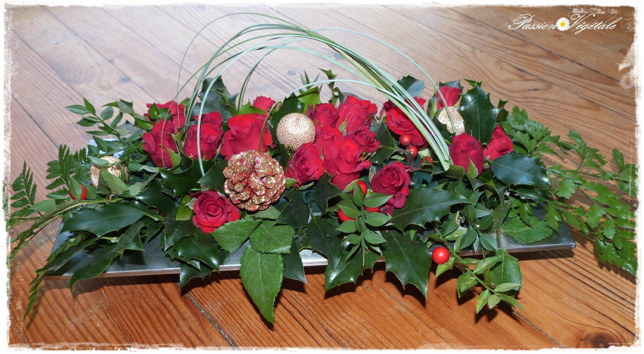 Roses et houx passion vegetale - Decoration de noel avec du houx ...