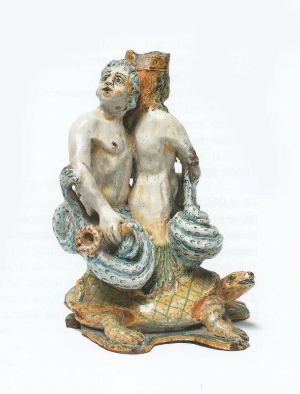 couple en faïence triton XVIIème siècle