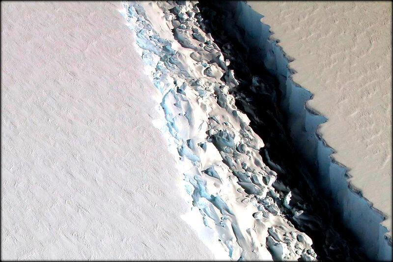 Antarctique_une_fracture_menace_de_detacher_un_iceberg_geant