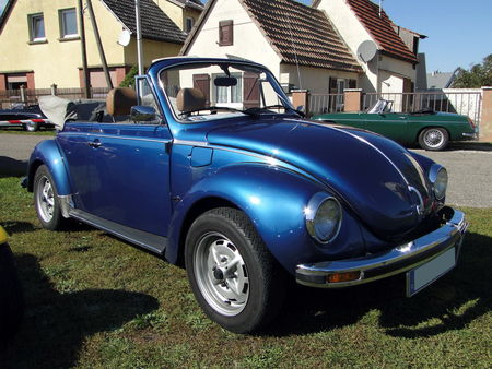 VOLKSWAGEN Coccinelle 1303 Cabriolet 1973 1980 Randonnee des Vendanges de Rustenhart 2010 1