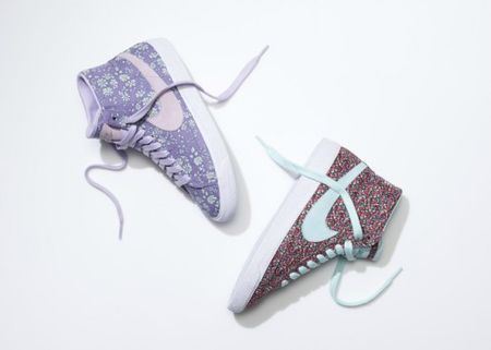 SU13_NSW_NIKEiD_BlazerHigh_liberty_pair_2_19777-500x357