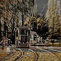 Un tramway dans la ville ..! ( 1)