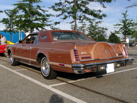 LINCOLN_Continental_Mark_V_Hardtop_Coupe___1977_1979__Rencard du Burger King, Offenbourg 4_
