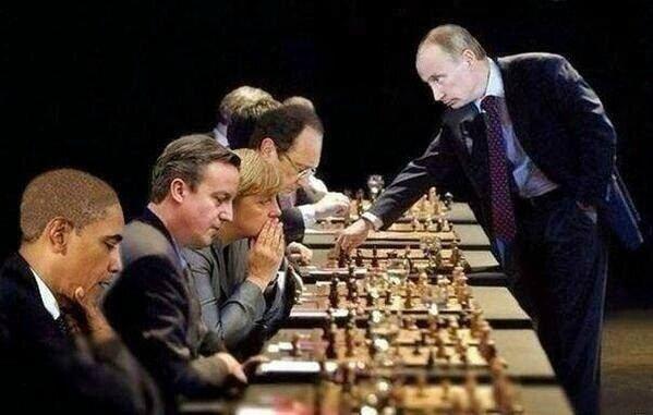 « M. Juncker, vous avez dit que vouliez montrer à la Russie que nous sommes sérieux… Est-ce que vous plaisantez ? » N Farage !