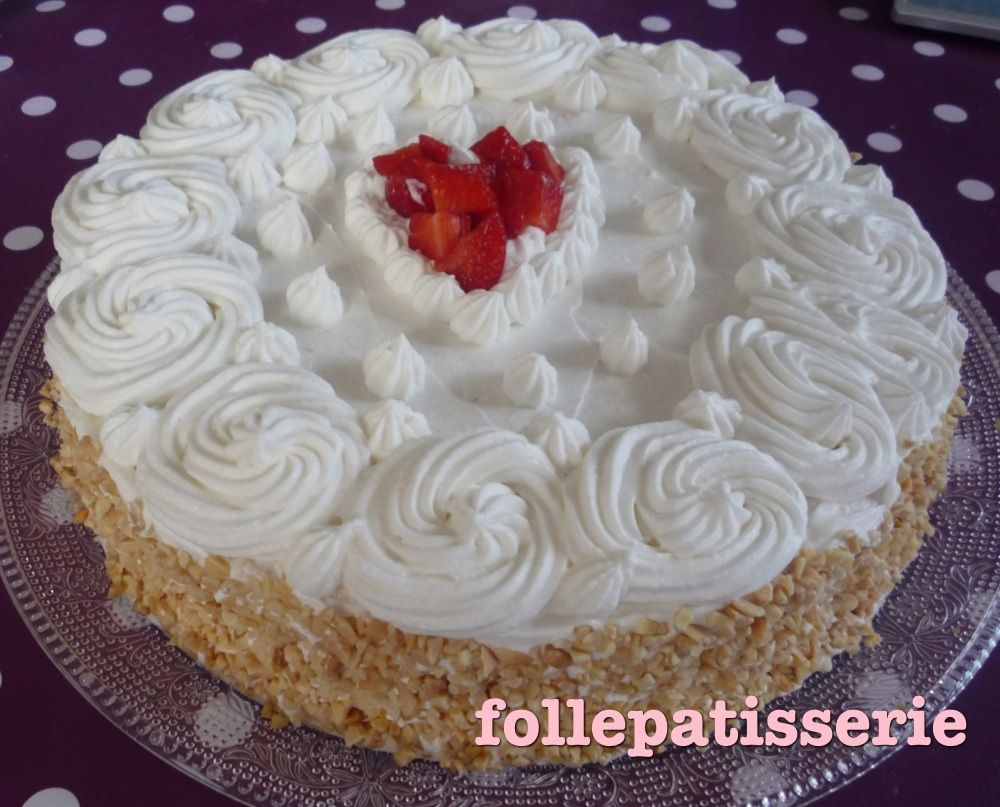 Fraisier mais a la creme chantilly fati la folle de - Decoration gateau avec creme chantilly ...