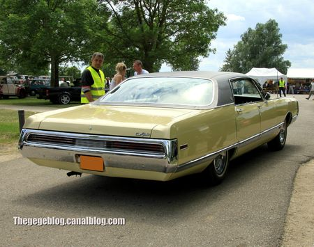 Chrysler new yorker hardtop sedan de 1970 (Retro Meus Auto Madine 2012) 02