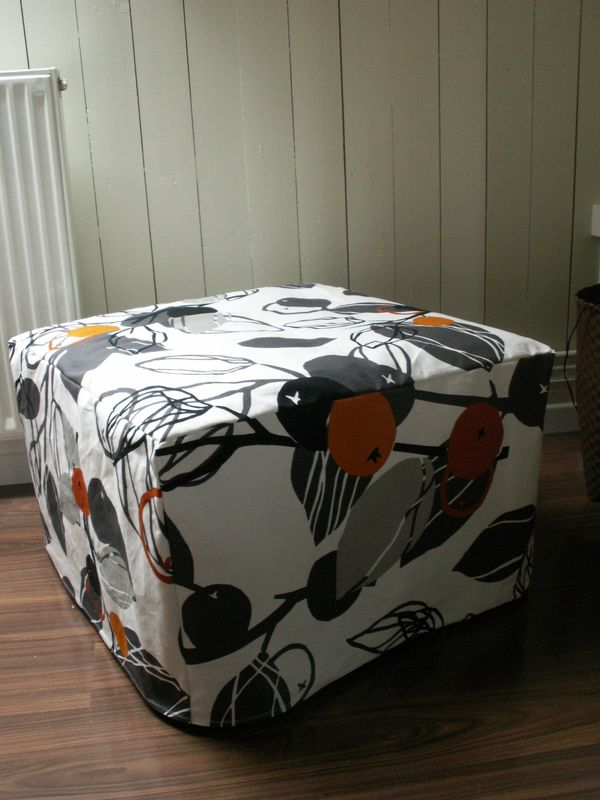 pouf pouf pouf ikea 39 s fabric addict. Black Bedroom Furniture Sets. Home Design Ideas