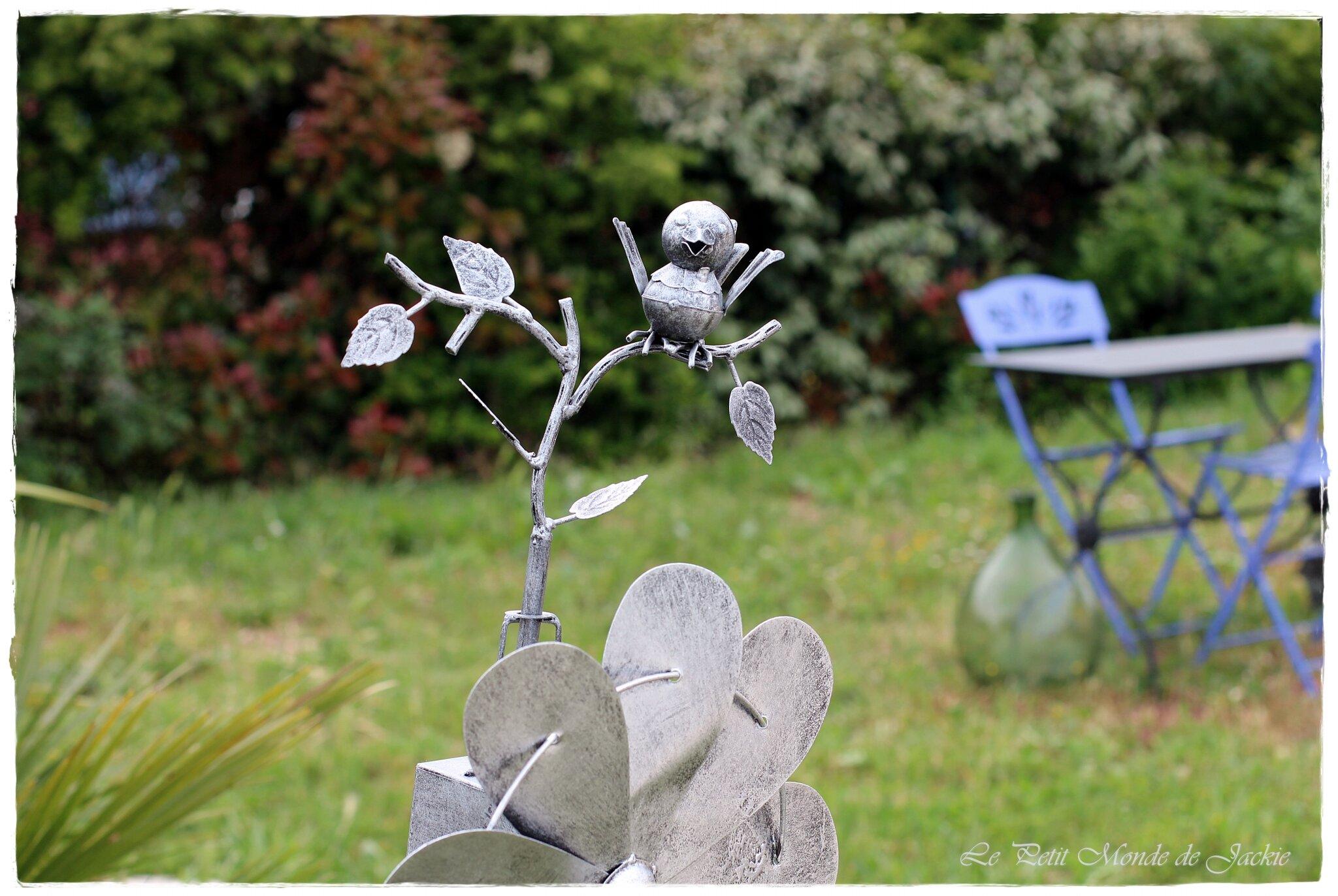 eolienne deco jardin idee deco pour jardin zen with eolienne deco jardin free statue deco. Black Bedroom Furniture Sets. Home Design Ideas
