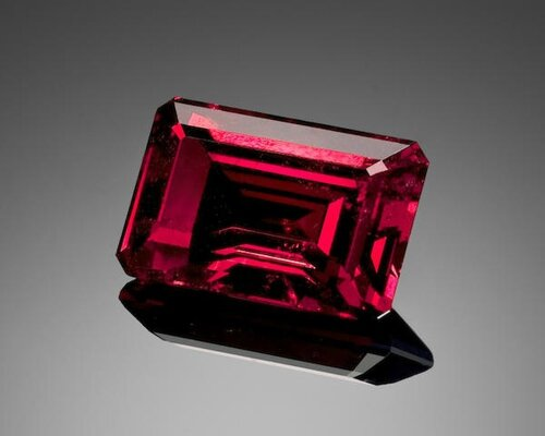 Exceptional Red Spinel, Burma