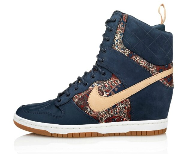 nike-dunk-sky-high-liberty-of-london-bourton-1