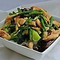 Wok de poulet aux légumes surgelés
