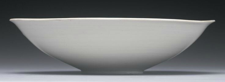 A finely carved 'Ding 'Lotus' bowl, Northern Song dynasty2