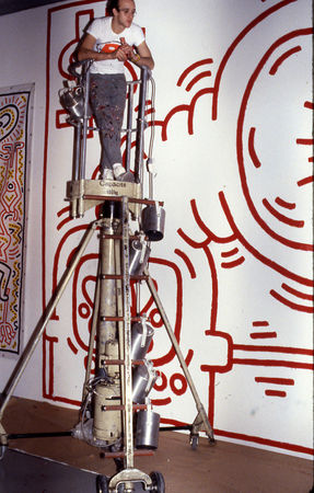 Keith_Haring__Figuration_Libre__France_USA__ARC__MAM_Paris_1984