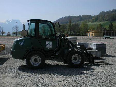 dscn0489-27965dc (CH-P VOLVO L25R-P)