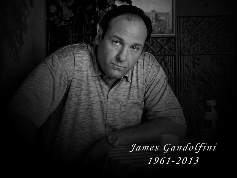 obit-james-gandolfini-cigar-822544539