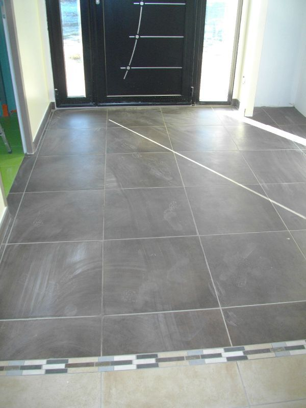 Carrelage peinture construction maison bbc euromac2 for Carrelage entree