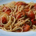 Spaghetti aux tomates poles