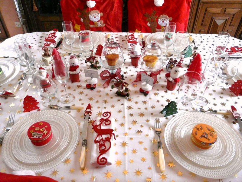 table de noel rouge /blanc - album photos - deco de tables