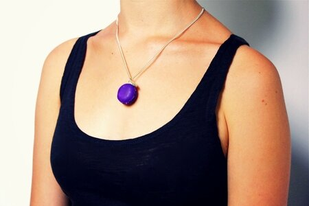 Collier_macaron_violette