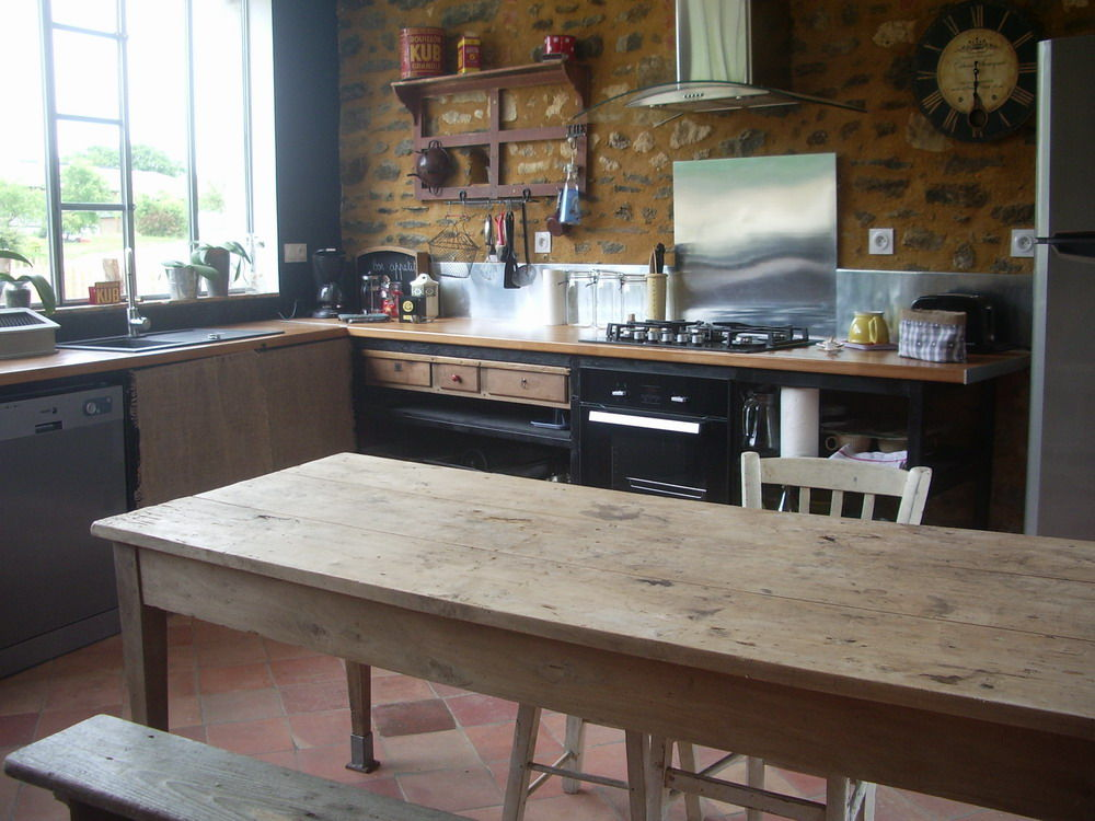 Grande table en bois - Grande table de cuisine ...