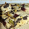 Blondies framboises, pistaches et chocolat
