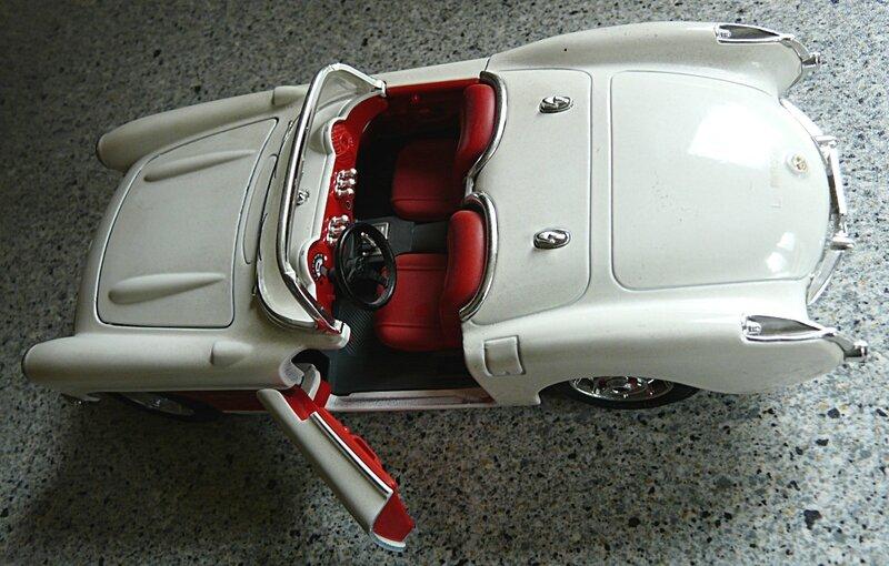1957-Chevrolet Corvette coupe