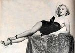 1951_marilyn_by_powolny_030_movielandsept1951mp7