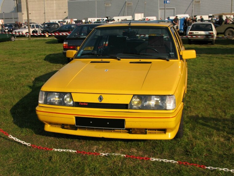 Renault 11 turbo 1986 1989 autos crois es for Garage renault bouc bel air
