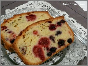 Cake_aux_fruits_rouges