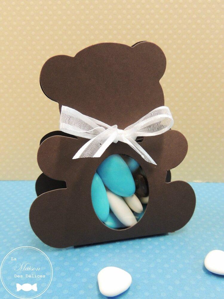 contenant drag es bapt me ourson couleur chocolat la maison des d lices drag es de. Black Bedroom Furniture Sets. Home Design Ideas