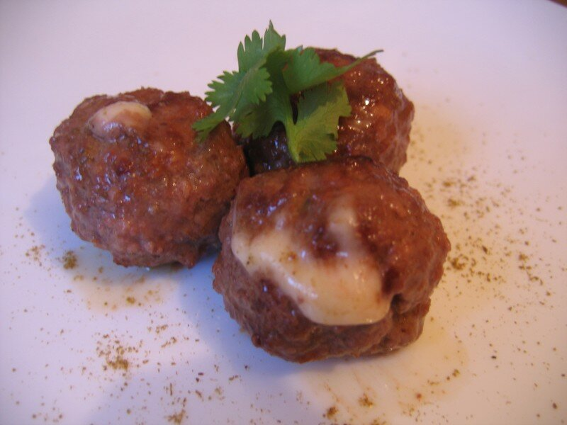 boulettes de viandes au fromage chez requia cuisine et. Black Bedroom Furniture Sets. Home Design Ideas